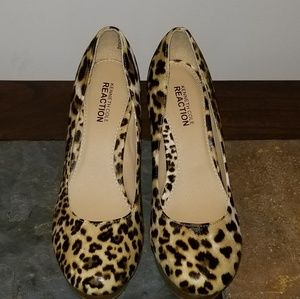 Size 10 Leopard Pumps(New)